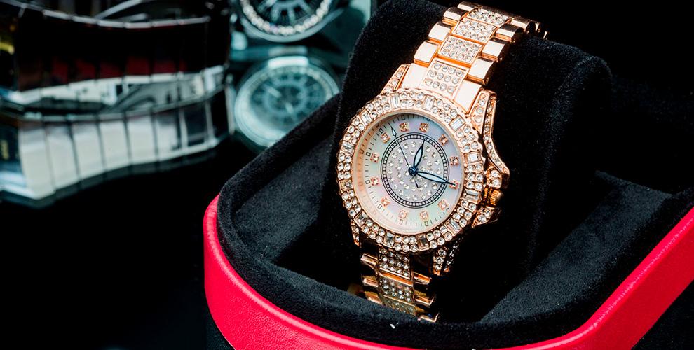 Оригинальные наручные часы от салона «БьютиТайм»