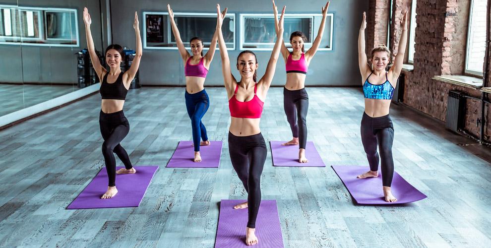 Занятия полюбому направлению фитнеса илийоги встудии «НеСлабыйПол»