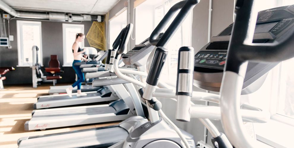 Clever Sport Place: тренажёрный зал, фитнес, пилон, полотно, аэройога