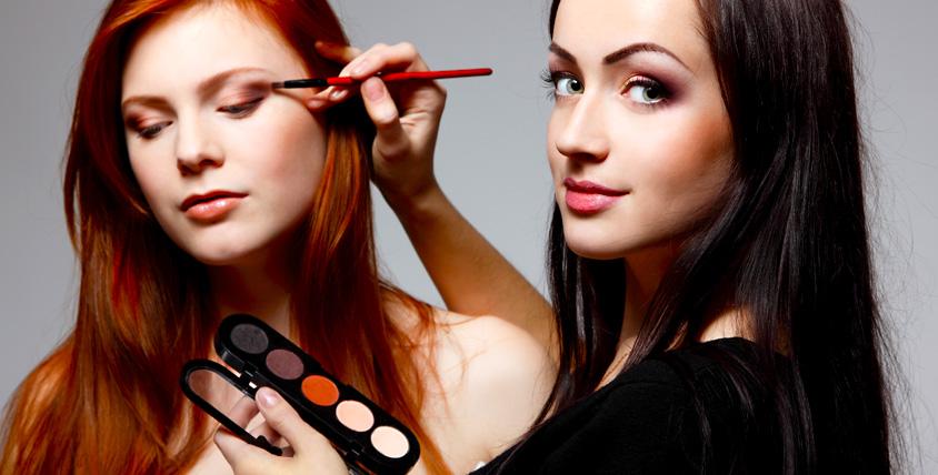 """Бесплатное посещение мастер-класса по макияжу от компании """"Модный разговор"""""""