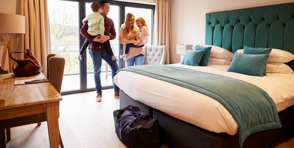 Проживание в номерах «Стандарт» и «Делюкс» в отеле «Веста» в Самаре