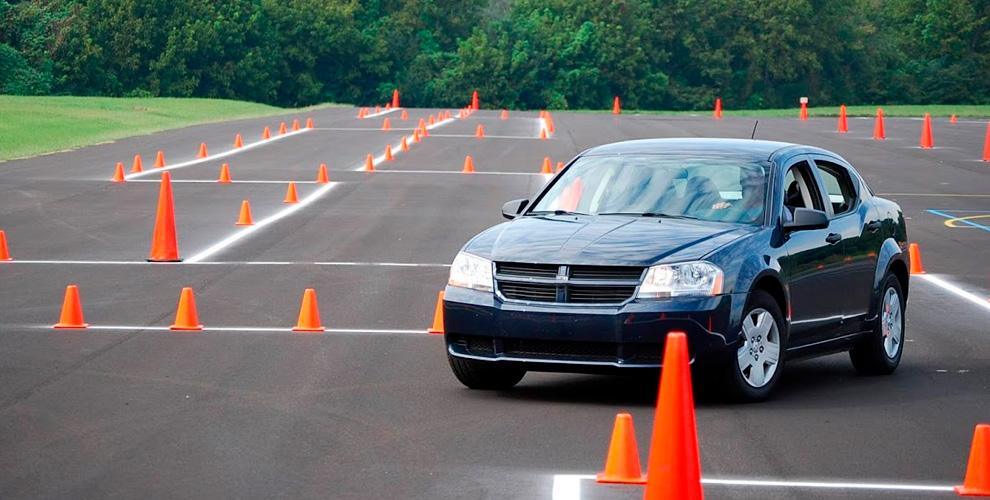 Cертификаты на курс обучения вождению на права категории «В» в автошколе «Эталон»