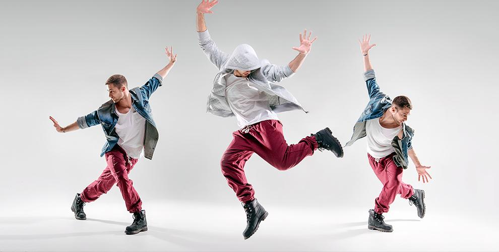 Занятия танцами понаправлению навыбор втворческой мастерской «Отражение»