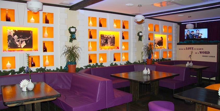Европейская авторская кухня, приветливый и отзывчивый персонал, а также незабываемая атмосфера в Karaoke Club X.O.