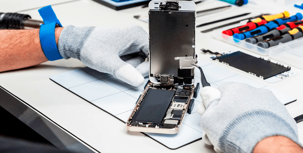 BOOM SHOP & РемонтON: ремонт смартфона, нанесение защитного стекла и печать на кружке