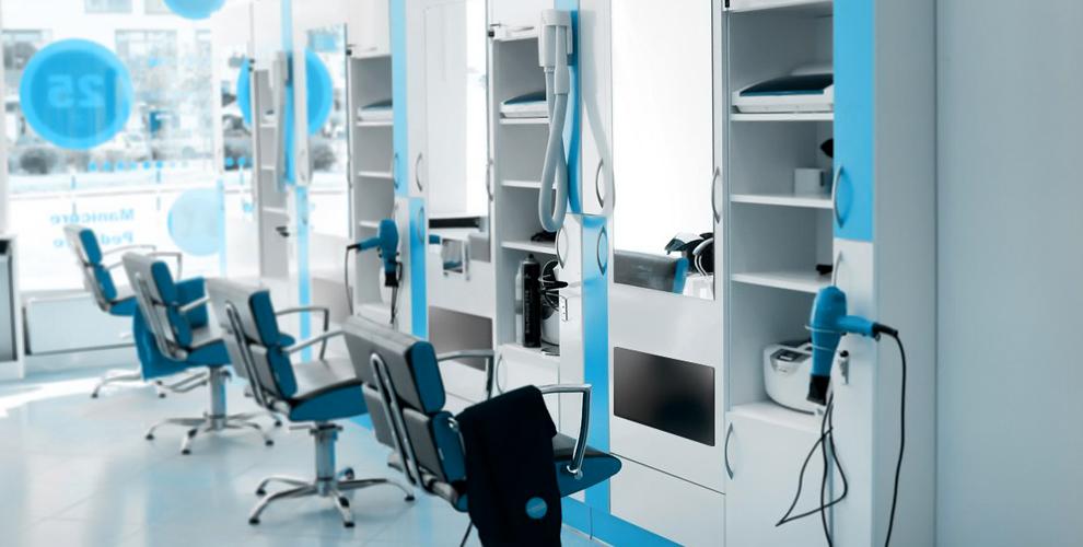 Мужская, женская и детская стрижки в экспресс-парикмахерской «Просто стрижка»