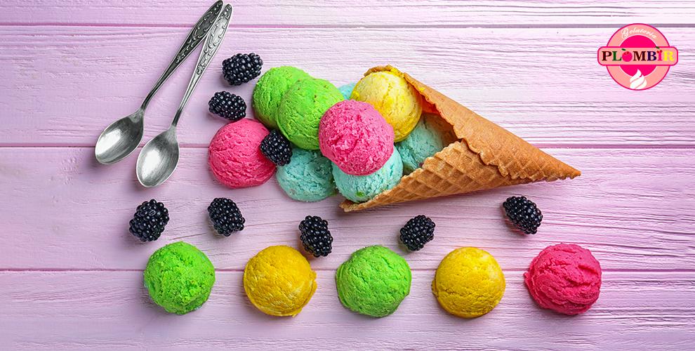 Gelateria PLOMBIR: мороженое по итальянским рецептам, коктейли, печенье и леденцы
