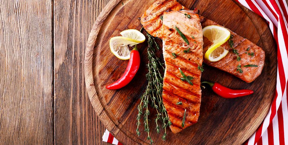 Романтический ужин и банкет для компании в кафе «Галерея вин»