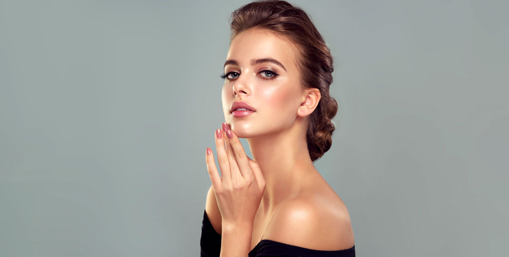 Студия «Черника»: ламинирование иботокс ресниц, маникюр, макияж, окрашивание волос