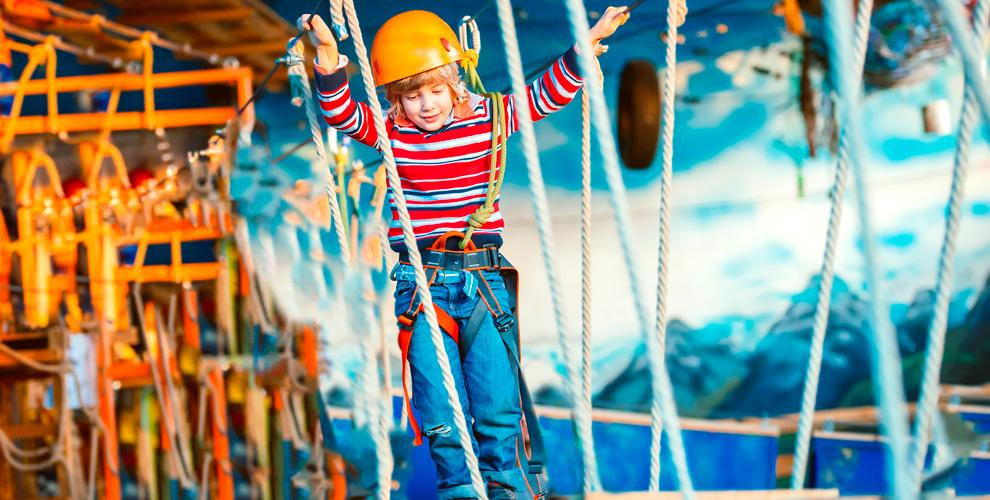 Посещение веревочного парка «Высотный город» в ТРК «Питерлэнд»