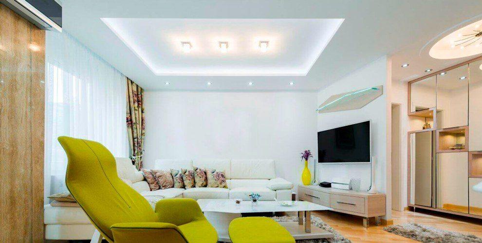 Белые и цветные натяжные потолки любой фактуры от компании «Денди-профи»
