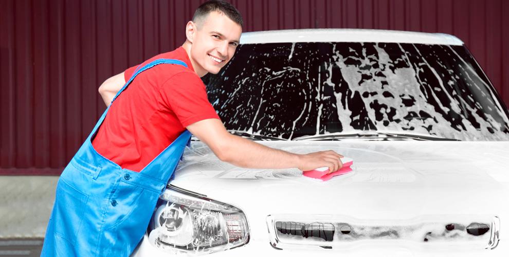 Комплексная мойка, химчистка салона ипокрытие «Жидкое стекло» вавтомойке «АкваПлюс»