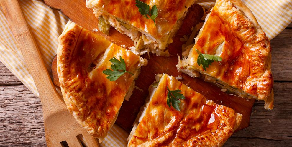 Пироги смясной, рыбной исладкой начинкой отстоловой «Романтика»