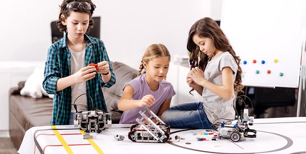 Занятия по робототехнике и легоконструированию для детей в центре «Уникум»