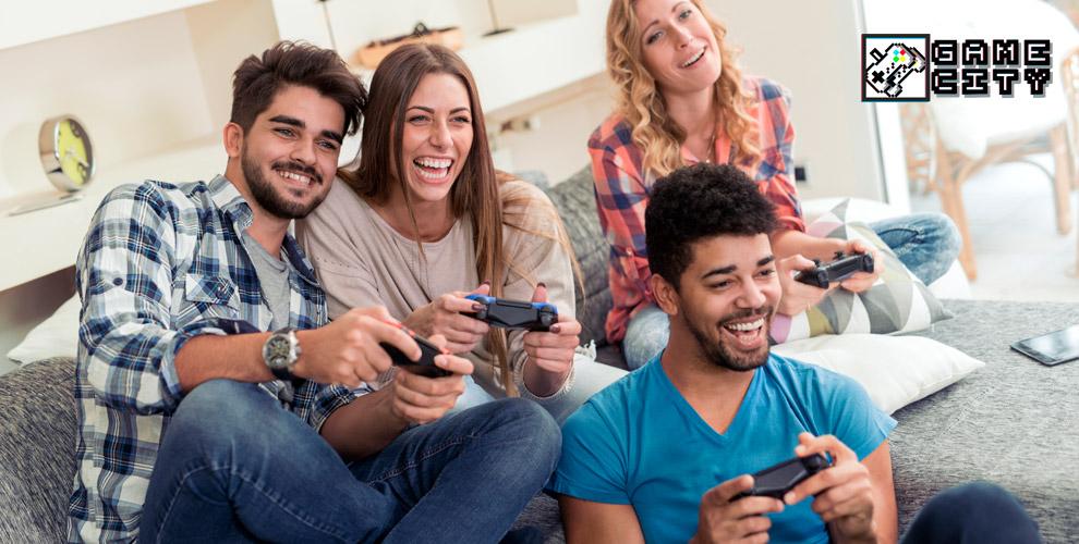 Game City: уютная зона с чаем, игровыми консолями и настольными играми