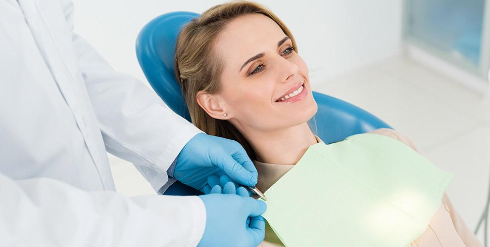 УЗ-чистка зубов, AirFlow, эстетическая реставрация и другое в клинике AL-Dento