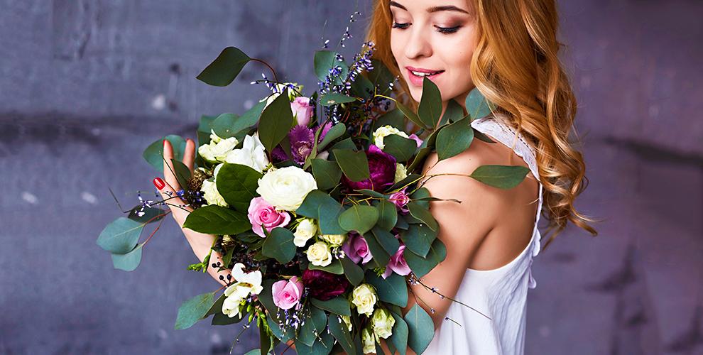 Цветы, букеты из роз и тюльпанов в салоне «Дон Пион»