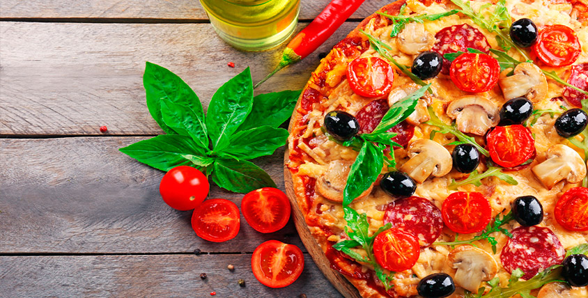 Пицца, роллы, бургеры, салаты, горячие блюда, десерты и напитки от службы доставки TaxoPizza