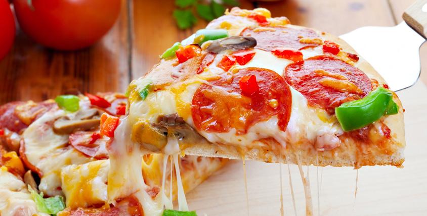 Пицца - как много в этом слове! Всё меню итальянской, японской и европейской кухни за полцены от службы доставки Figaro pizza