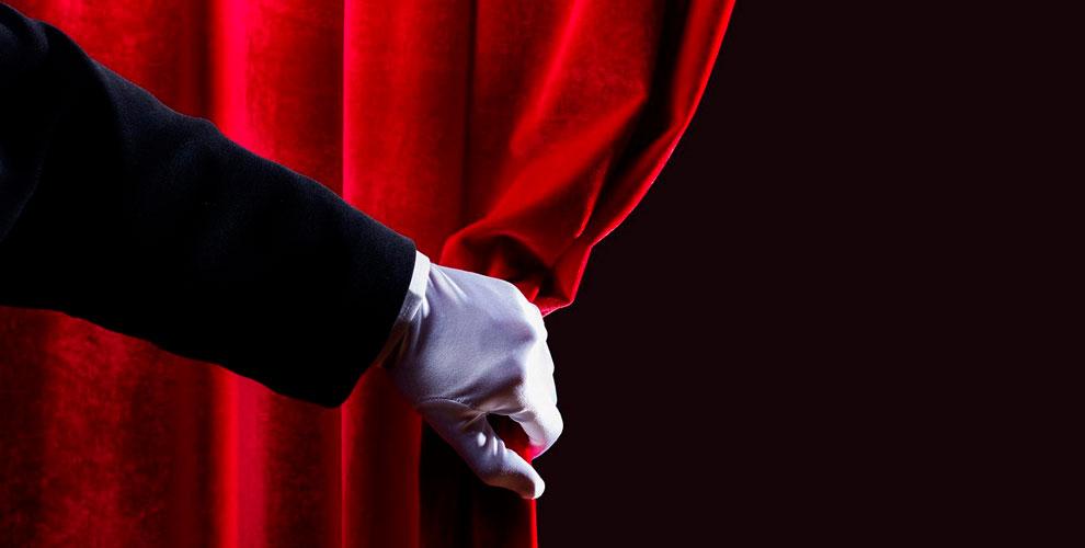 «Центр ненормативной лирики» приглашает наспектакли «Утопия» и«Мояжена Сталин»