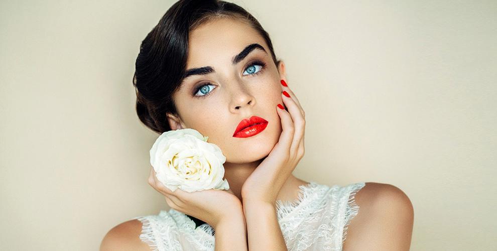 """Перманентный макияж по новейшей технологии 6D в салоне красоты """"Евгения"""""""
