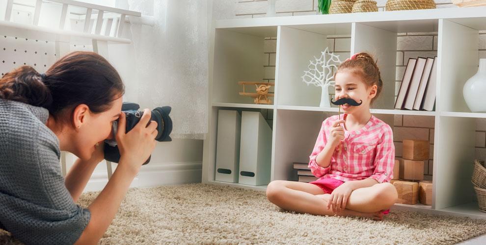 Детская фотосессия с фотографом в интерьерной студии Little Magic Studio