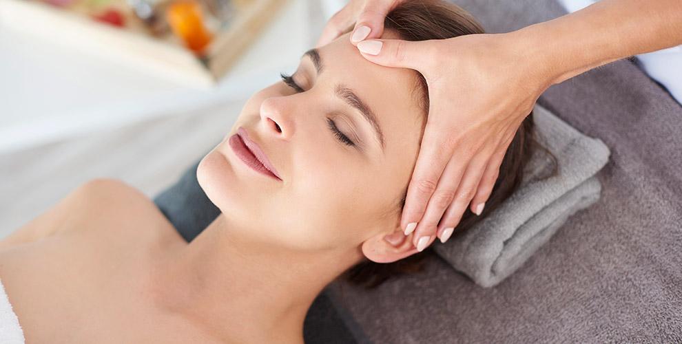 «Кабинет массажа и коррекции фигуры»: миостимуляция, массаж лица и другое