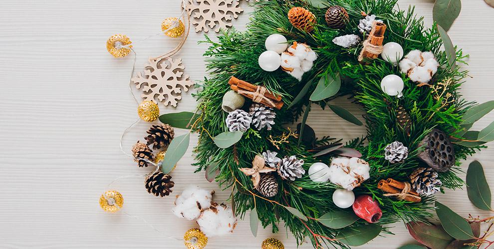 «Сладкий мир подарков»: букеты из конфет, новогодние и подарочные композиции