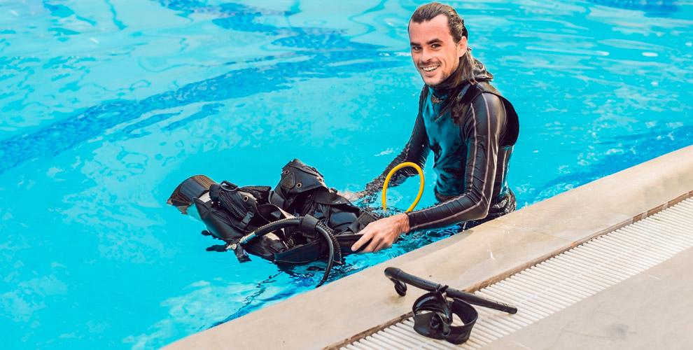 Dive Zone Club: погружение саквалангом иобучающий курс первой медицинской помощи