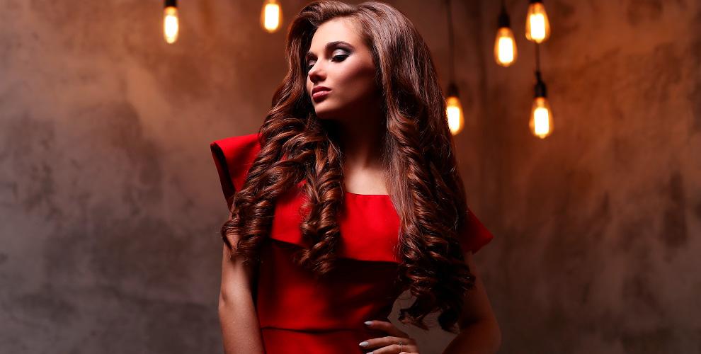 Полировка, восстановление, ботокс и кератиновое выпрямление волос в студии «Елены»