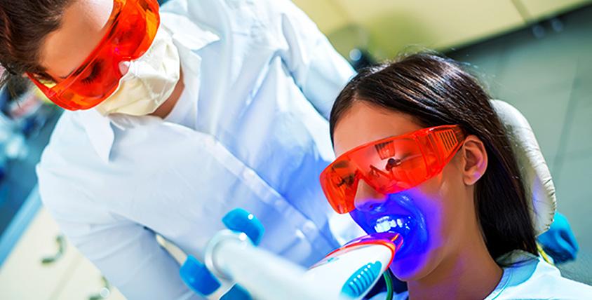 Пародонтологическая гигиена полости рта, отбеливание зубов в медицинском центре GS-Med