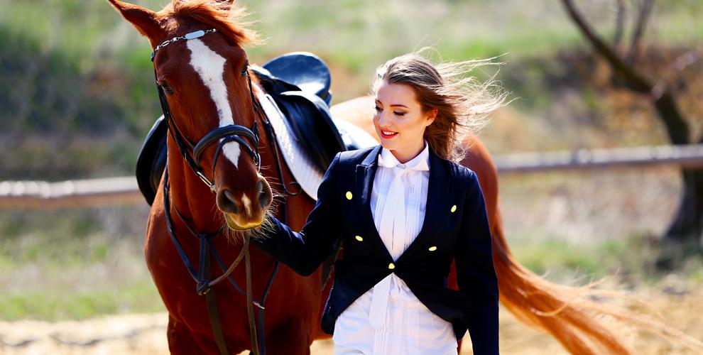 """Катание на лошади и оздоровительная верховая езда в клубе """"Добрая Лошадка"""""""