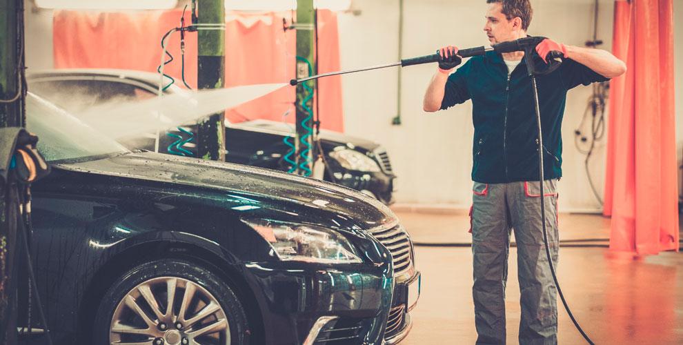 Автомойка «Автобан» наСвердловском: комплексная мойка автомобилей