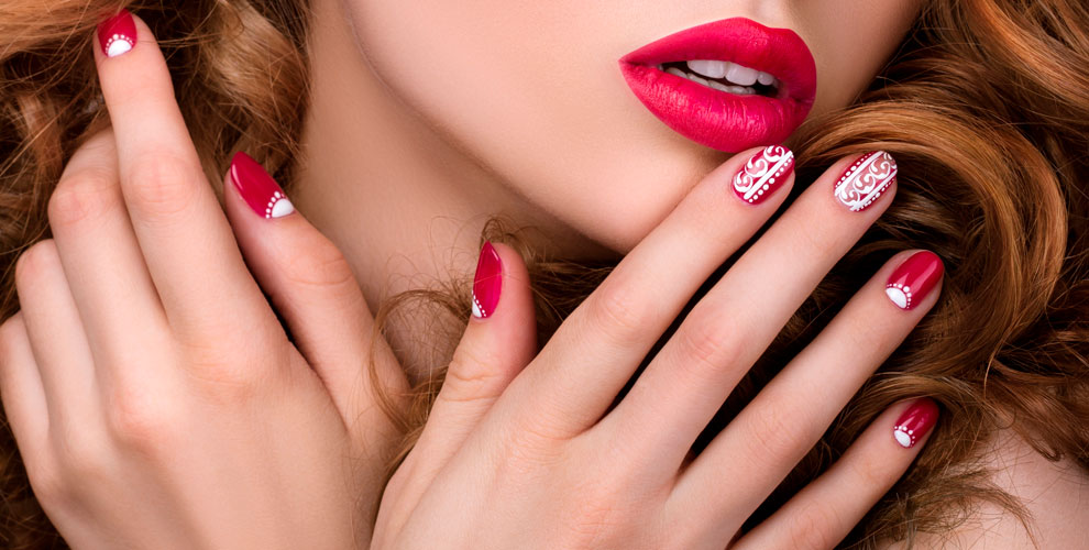 Маникюр, педикюр, покрытие гель-лаком, укрепление ногтей встудии ArtStudio Kathryn