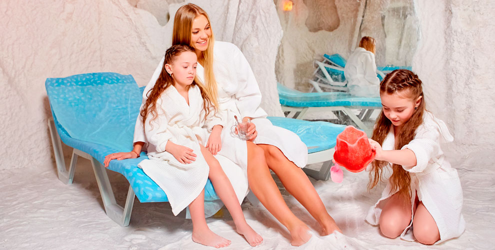 «Соляная пещера на Тополинке» приглашает на сеансы взрослых и детей