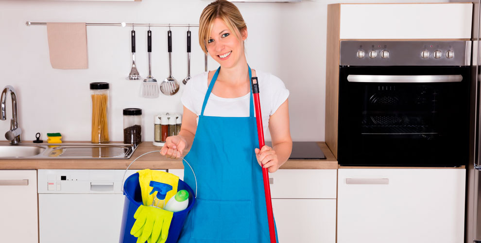 Компания «ФАРТ»: генеральная уборка квартиры, мытье окон, химчистка мебели, матрасов