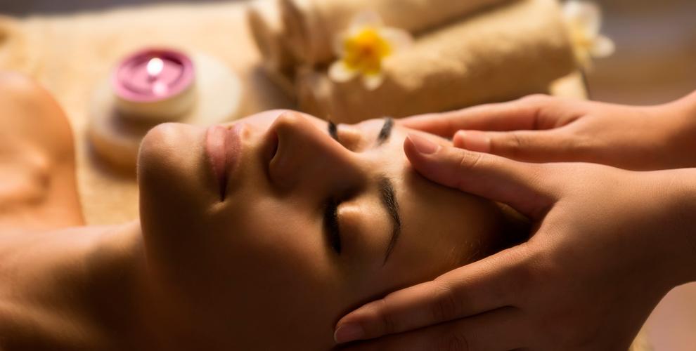 Центр восточной медицины «Лотос»: энергетический точечный массаж и иглоукалывание