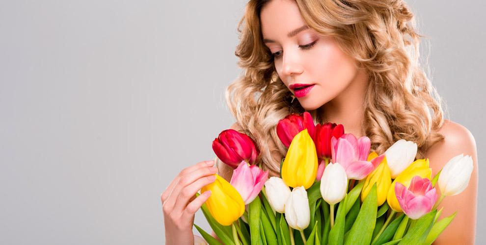 Розы, лилии, тюльпаны, герберы, кустовые гвоздики, альстромерии вмагазине «Цветы»