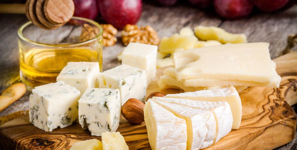 «Ярило»: ассортимент сыров, йогуртов, масла,меда иэкскурсия посыроварне