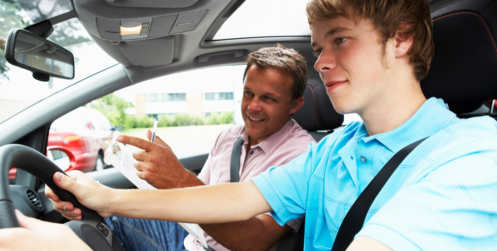 Теоретический курс обучения вождению в автошколе «МЕХ-АВТО»