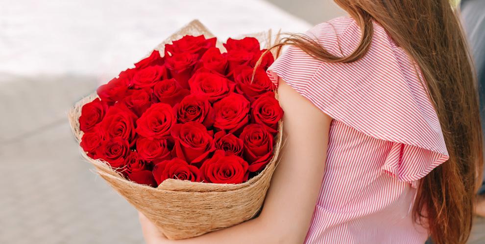 Цветы ибукеты изроз,амариллисы, лилии, тюльпаны, герберы всалонах «ФлоранZ»
