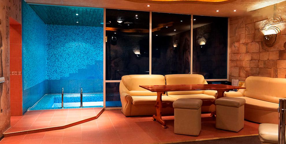 Липовая парная, бассейн, джакузи, бильярд, купель в комплексе «Три кита»