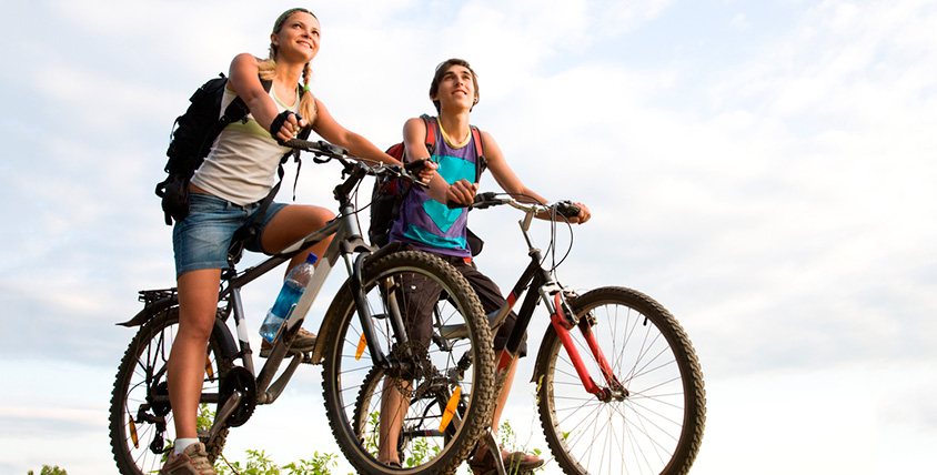 Прокатитесь с ветерком! Горные велосипеды для всей семьи в веломагазине CORTO от 7800 рублей
