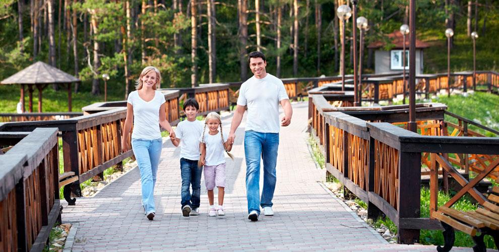 Проживание на базе отдыха «Стрежень» для всей семьи