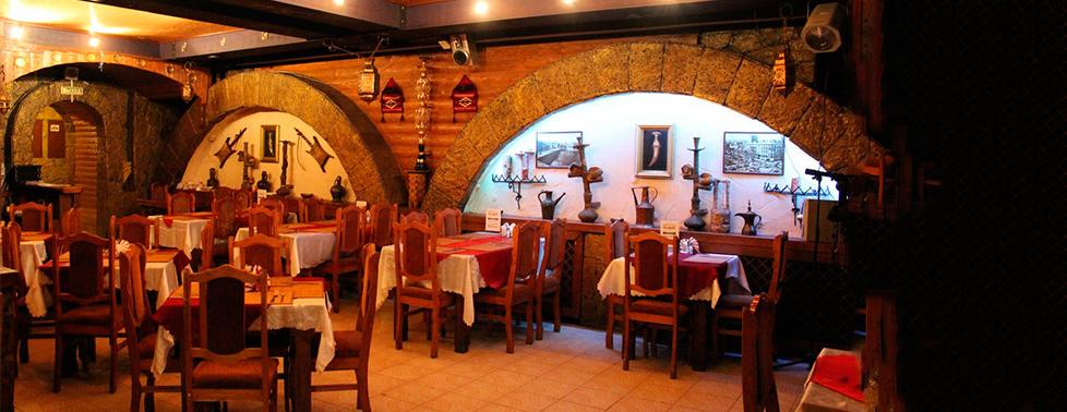 """Разнообразное меню арабской и европейской кухни, а также проведение банкета для компании до 60 человек в кафе """"Дамаск"""""""