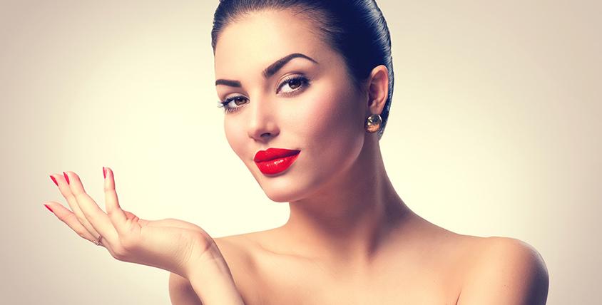 Перманентный макияж век, бровей и губ в студии красоты Didi Studio
