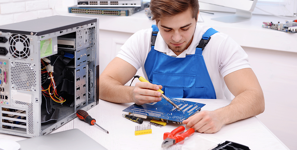 «РС-Сервис»: ремонт мониторов, прошивку планшета, замена экрана