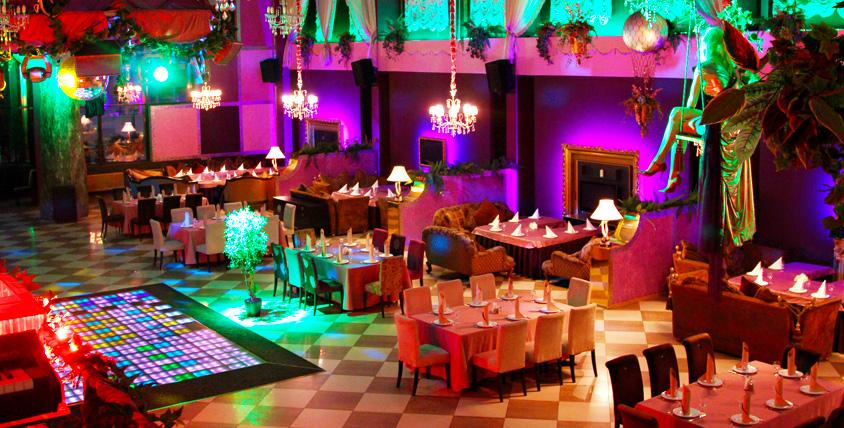 Все меню кавказской, европейской и смешанной кухни в караоке-ресторане Pin-Up Rooms. Стильная роскошь и элегантность!