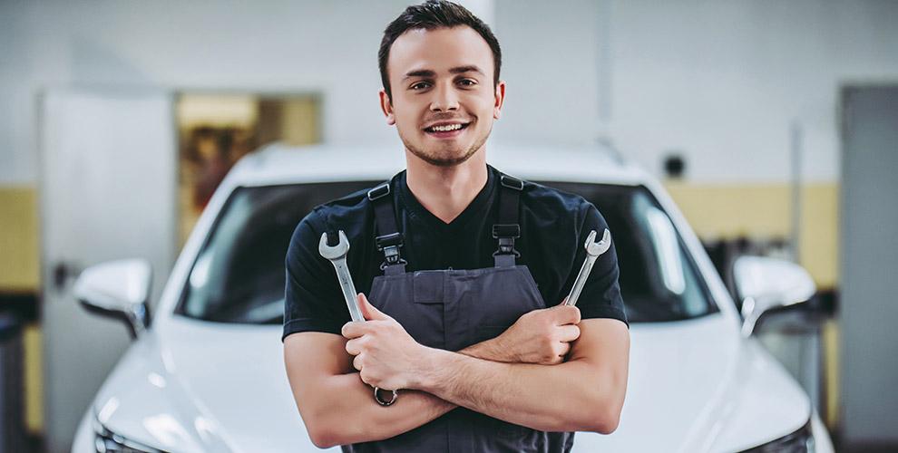 «Мирамортизаторов»: осмотр технического состояния автомобиля, замена масла ифильтра