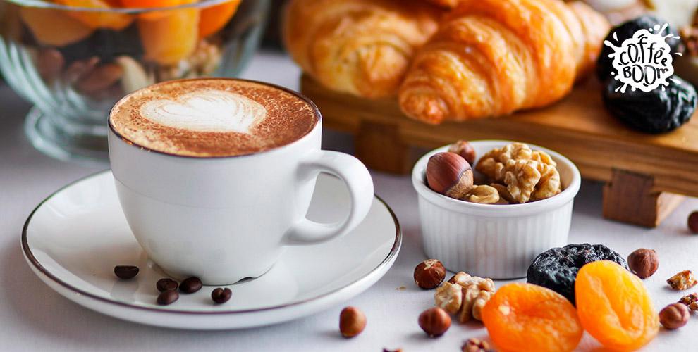 Капучино, латте, американо, раф и другие напитки в кофейне Coffee Boom